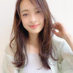 ロング 簡単スタイリング 毛先パーマ レイヤーカット ヘアスタイルや髪型の写真・画像
