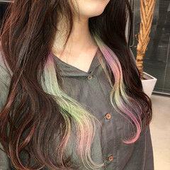 ユニコーンカラー インナーカラー ロング オーロラカラー ヘアスタイルや髪型の写真・画像