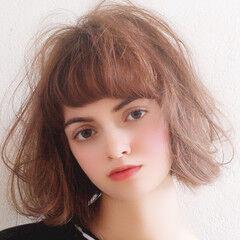 無造作ヘア 大人可愛い ミディアム 無造作カール ヘアスタイルや髪型の写真・画像