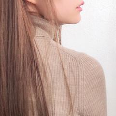 デート 透明感カラー ナチュラル ロング ヘアスタイルや髪型の写真・画像
