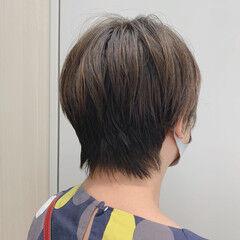 ハンサムショート ナチュラル ハンサムバング ショート ヘアスタイルや髪型の写真・画像