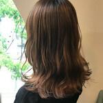 ブラウンベージュ セミロング 透明感カラー ナチュラル