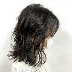 コントラストハイライト 地毛ハイライト ミディアム 大人ハイライト ヘアスタイルや髪型の写真・画像