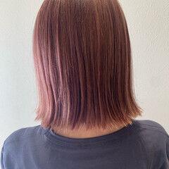 ガーリー 切りっぱなしボブ ボブ ピンクブラウン ヘアスタイルや髪型の写真・画像