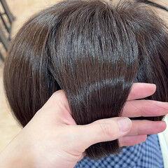 ショートボブ グレージュ パープル アメジスト ヘアスタイルや髪型の写真・画像