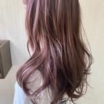 アンニュイほつれヘア 外国人風 大人かわいい ピンクブラウン