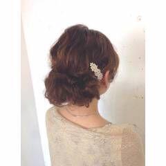 ゆるふわ ヘアアレンジ ナチュラル ウェーブ ヘアスタイルや髪型の写真・画像