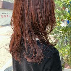 オレンジカラー オレンジベージュ オレンジ ミディアムレイヤー ヘアスタイルや髪型の写真・画像