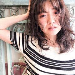 イルミナカラー サロンモデル フェミニン セミロング ヘアスタイルや髪型の写真・画像