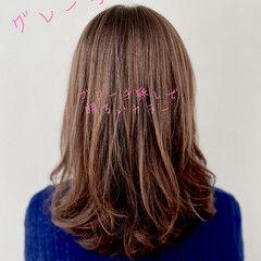 ロング グレージュ ブリーチなし 暖色系グレージュ ヘアスタイルや髪型の写真・画像