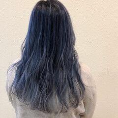 ブリーチカラー ロング ブルージュ ホワイトハイライト ヘアスタイルや髪型の写真・画像