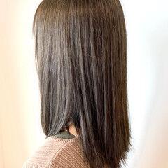 ダブルカラー ガーリー オリーブアッシュ カーキ ヘアスタイルや髪型の写真・画像