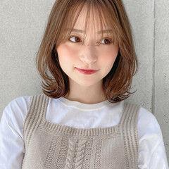 ミディアム モテ髮シルエット ミディアムレイヤー アンニュイほつれヘア ヘアスタイルや髪型の写真・画像