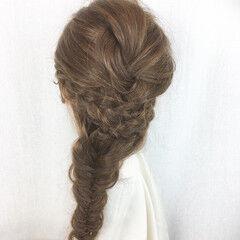 フェミニン ロング フィッシュボーン ヘアスタイルや髪型の写真・画像