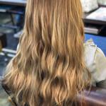 金髪 ハイトーン 艶髪 ストリート