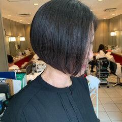 前下がりボブ 前下がりヘア 前下がり モード ヘアスタイルや髪型の写真・画像