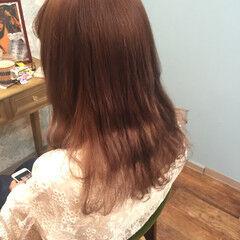 外国人風 ダブルカラー アッシュ ピンクアッシュ ヘアスタイルや髪型の写真・画像