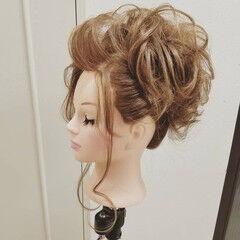 エレガント 上品 セミロング 成人式 ヘアスタイルや髪型の写真・画像