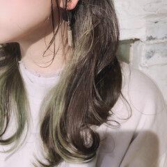 イヤリングカラー ハイトーンカラー ガーリー ミディアム ヘアスタイルや髪型の写真・画像