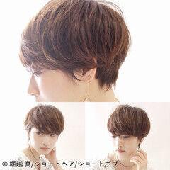 マッシュショート ハンサムショート ナチュラル アンニュイほつれヘア ヘアスタイルや髪型の写真・画像