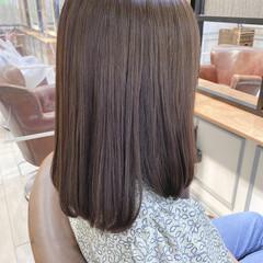セミロング アッシュブラウン ダークグレー ダークトーン ヘアスタイルや髪型の写真・画像