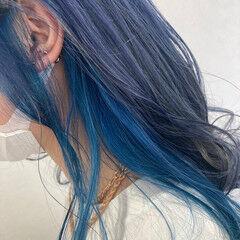ミディアム インナーブルー インナーカラー ブルー ヘアスタイルや髪型の写真・画像