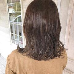 ナチュラル ブリーチなし ブラウンベージュ ショコラブラウン ヘアスタイルや髪型の写真・画像