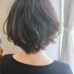 ショート ゆるふわパーマ ナチュラル デジタルパーマ ヘアスタイルや髪型の写真・画像