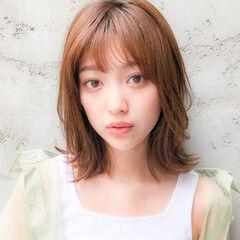 外国人風カラー ゆるウェーブ モテ髮シルエット ピンクベージュ ヘアスタイルや髪型の写真・画像