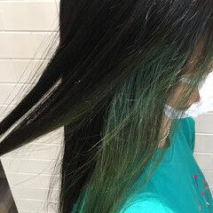 インナーグリーン マニキュア ストリート ブリーチ必須 ヘアスタイルや髪型の写真・画像