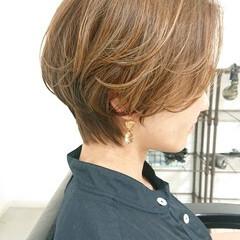 簡単スタイリング ナチュラル 美シルエット マッシュショート ヘアスタイルや髪型の写真・画像