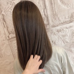 ナチュラル 3Dカラー ミルクグレージュ 大人女子 ヘアスタイルや髪型の写真・画像