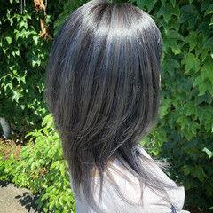 ウルフカット ストリート ブルーグラデーション ブルージュ ヘアスタイルや髪型の写真・画像