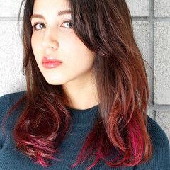 カラーバター グラデーションカラー ベリーピンク グレージュ ヘアスタイルや髪型の写真・画像