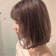 切りっぱなしボブ ショートヘア カジュアル ボブ ヘアスタイルや髪型の写真・画像