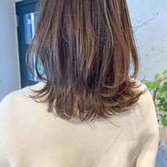 シースルーバング シアーベージュ レイヤーカット 透明感カラー ヘアスタイルや髪型の写真・画像