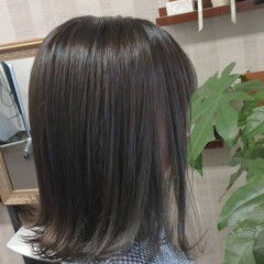 ナチュラル ボブ アッシュグレー ダークグレー ヘアスタイルや髪型の写真・画像