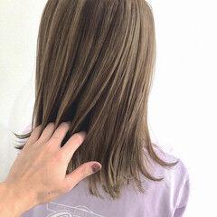 うる艶カラー 透明感カラー フェミニン ミディアム ヘアスタイルや髪型の写真・画像