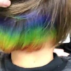 派手髪 ショートボブ インナーカラー ブリーチカラー ヘアスタイルや髪型の写真・画像