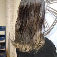 圧倒的透明感 360度どこからみても綺麗なロングヘア セミロング うる艶カラー ヘアスタイルや髪型の写真・画像