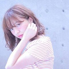 ガーリー ミディアム ピンク コーラル ヘアスタイルや髪型の写真・画像