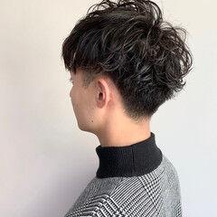 メンズショート パーマ ショート ナチュラル ヘアスタイルや髪型の写真・画像