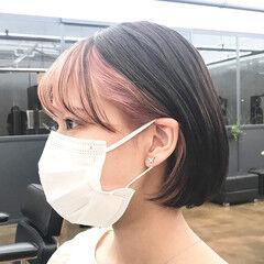 ピンク ショートヘア ポイントカラー インナーカラー ヘアスタイルや髪型の写真・画像
