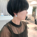 ショートヘア ナチュラル インナーカラー ウルフカット