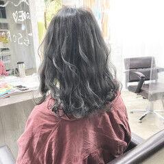 ナチュラル ミディアム グラデーションカラー アッシュグレージュ ヘアスタイルや髪型の写真・画像
