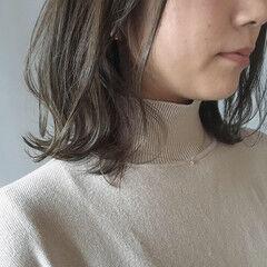 スモーキーカラー グレージュ ナチュラル 外国人風カラー ヘアスタイルや髪型の写真・画像
