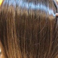 しっとり ミディアム ツヤツヤ ナチュラル ヘアスタイルや髪型の写真・画像