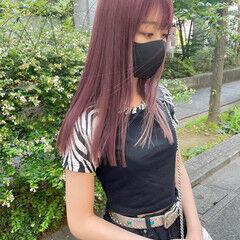 ピンクラベンダー ピンクバイオレット セミロング ブリーチオンカラー ヘアスタイルや髪型の写真・画像