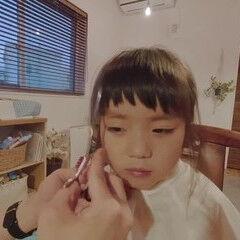 アウトドア ショートバング モード 前髪 ヘアスタイルや髪型の写真・画像