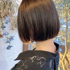切りっぱなしボブ ミニボブ ナチュラル ワンレン ヘアスタイルや髪型の写真・画像